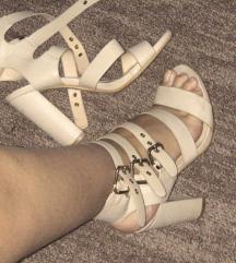Krem/nude sandale 39
