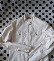 Bela tanka jaknica
