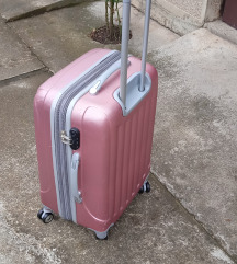 kofer roze za fine dame
