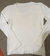 Ženski beli džemperić