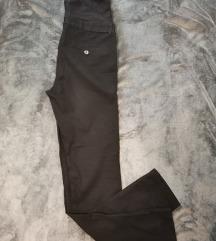 H&M MAMA crne pantalone