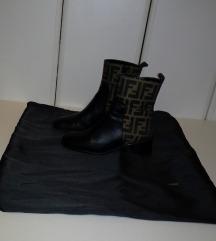FENDI KOZNE original cizme