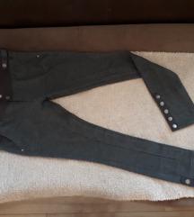 Rastegljive pantalona- helanke