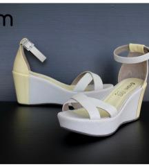 NOVE Sandale, tekstil + koža br. 39