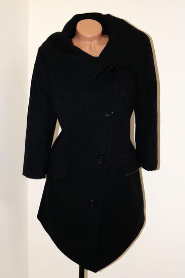 *Koppahi* crni damski kaput