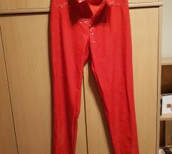 Lakovane pantalone