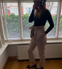 MONA jedinstvene duboke pantalone