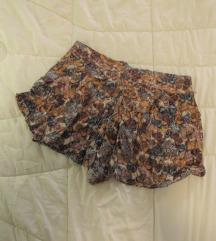 437. Shana šorts / suknja od viskoze