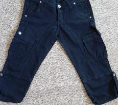 Pantalone 3/4 dzeparice