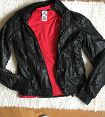 Jaknica i Dry fit Adidas majica