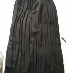 Crna maxi plisirana suknja