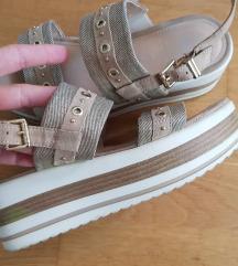 BATA sandale