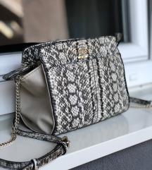 GUESS torba sa zmijskim printom