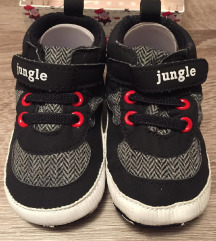 Jungle nehodajuće cipelice 4-8meseci - NOVO