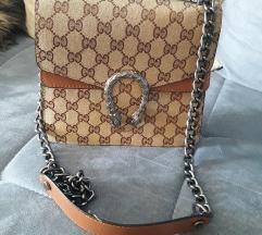 Gucci torbica SNIŽENA NA 1500