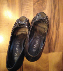 Cipele na stiklu ✔️ (4 za 800)