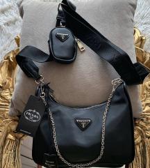 Nova Prada crna torbica