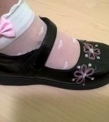 Crne lakovane cipelice za devojcice vel.27