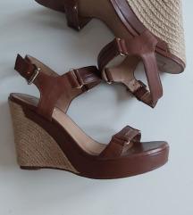 Massimo Dutti kozne sandale 39
