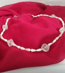 Ogrlica od gorskog kristala i sedefa-nova