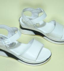 Bele sandale debeli djon 35-22,5cm
