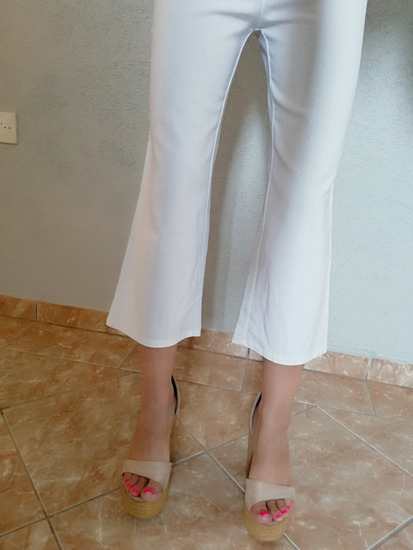 Bele pantalone 7/8,diplomat--RASPRODAJA