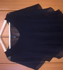 Crna majica sa mis rukovima