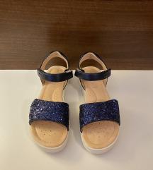 Geox sandale br.36