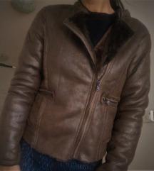 Kratka jakna s krznom
