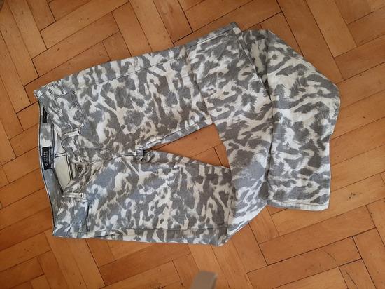 Pantalone Guess