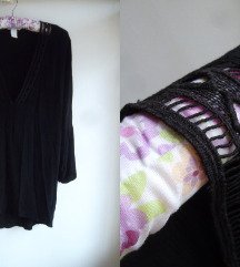 550 H&M crna tunika-bluza sa vezom M