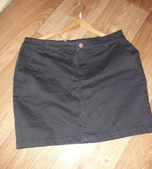 Nova HM suknjica sa etiketom