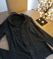 Sivi džemperić