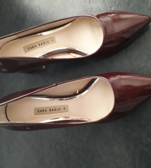 Zara bordo lakovane cipele novo