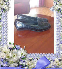 Lakovane cipele julia br.39