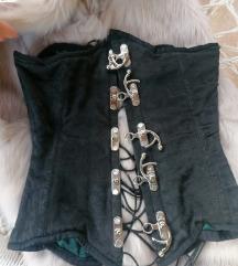 Korset sa čeličnim kostima
