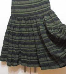 Dugačka suknja sa širokim karnerom