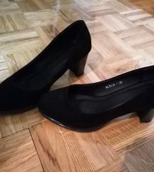 Crne klasicne cipele