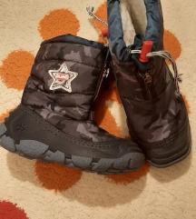 Olang zimske cizme. Br. 25/26. Ug. 15.7 cm.