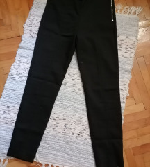 Waikiki potpuno nove pantalone