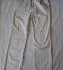 Pantalone klasičnog kroja