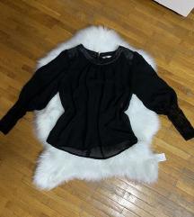 Kvalitetna crna bluza sa kozom i cipkom