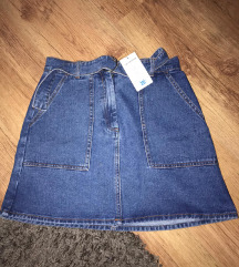 Nova suknjica sa etiketom