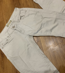 Sivkaste pantalone