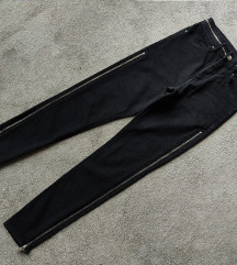 Crne farmerke visok struk sa zipovima H&M