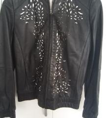SNIZENJE Crna kozna jakna Sisley