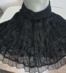 Crna suknja sa radom
