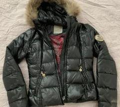 Moncler perjana jakna sa krznom SNIZENO