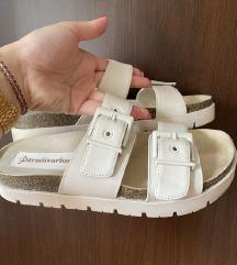 Moderne zenske papuce