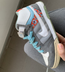 SNIŽENO Nike patike